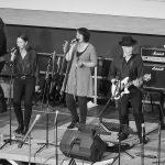 2FOUR2 auf der Bühne beim Bandabend am 19.04.2016