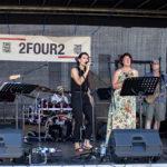2FOUR2 live beim Betriebsfest