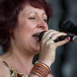 Leadsängerin Lisa live on stage
